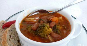 Баскский суп из капусты и зерновой фасоли - фото