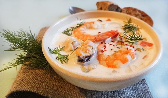 Густая похлебка с морепродуктами - фото