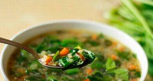 Овощной суп со шпинатом - фото