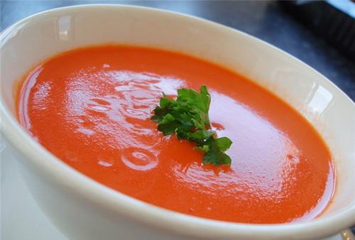 Томатный суп - фото